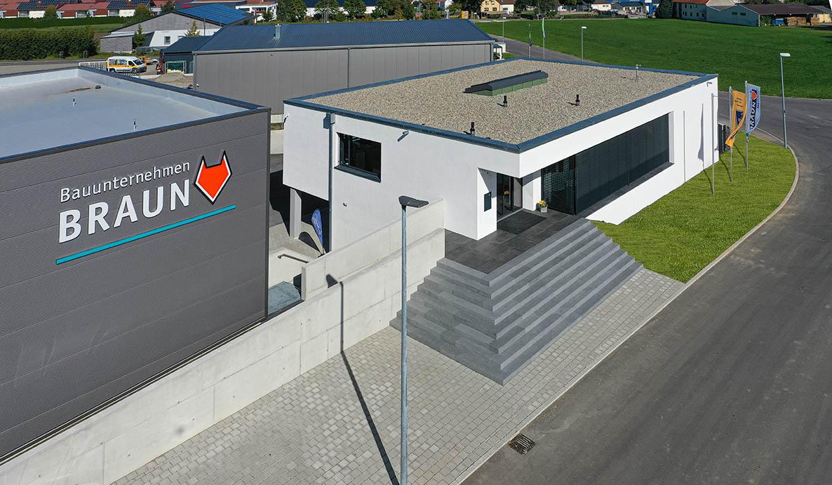 Verwaltungs- und Lagergebäude - Mietingen - Firma Braun
